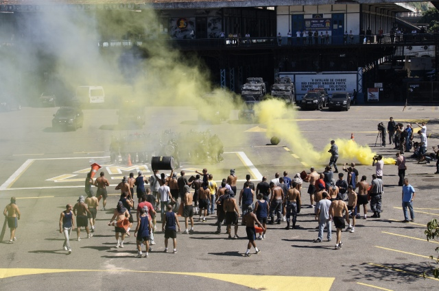 Yellow for tear gas