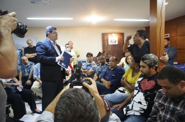 Moradores falaram as verdades deles para subsecretário estadual se segurança pública